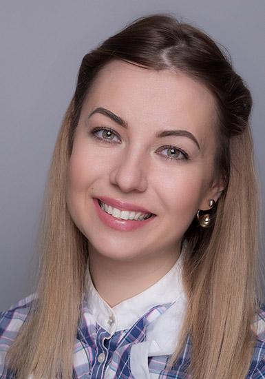 Personaldisponentin   Elena Schubert