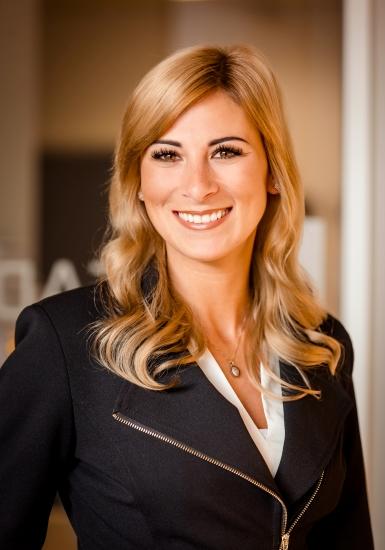 Business Development Manager   Diana Weber